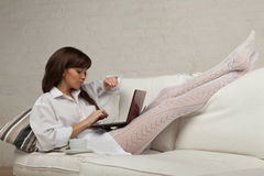 Young woman with a laptop. Royalty Free Stock Photos