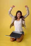 Young woman with laptop computer Royalty Free Stock Photos