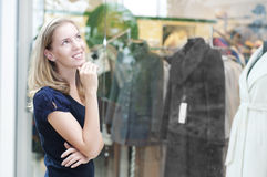 Young woman in mall Royalty Free Stock Photo