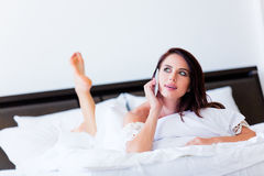 Young woman with mobile phone Royalty Free Stock Images