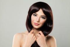 Young Woman modelo perfecto con el pelo sano fotografía de archivo libre de regalías