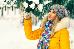 Young Woman Outdoor Winter Lifestyle Stock Photography