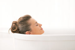Young woman relaxing in bathtub Royalty Free Stock Photography
