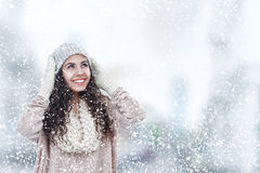 Free Young Woman Winter Portrait Royalty Free Stock Photography - 59500147