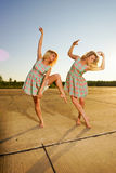 Young women dancing Royalty Free Stock Images