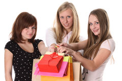 Young women shopping Royalty Free Stock Photos