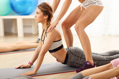 Young women working out in gym Royalty Free Stock Photography