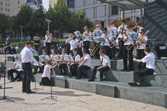 Youth amateur brass orchestra. SAN FRANCISCO, CA, SEP 21 - Youth amateur brass orchestra does gratuitous concert at Union square San Francisco on Sep 21, 2010 royalty free stock images