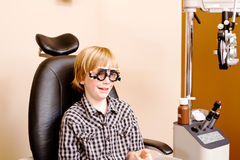 Youth at optometrist clinic Royalty Free Stock Photography