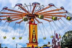 YoYo Carnival Ride no Condado de Walworth justo imagens de stock royalty free