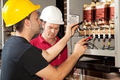 yrkesmässig elektrikerutbildning Arkivfoto