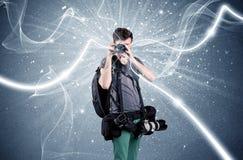 Yrkesmässig fotograf med dynamiska linjer Royaltyfria Foton