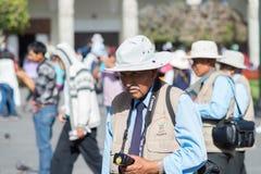 Yrkesmässig gatafotograf i Arequipa, Peru Arkivbild