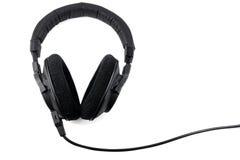 Yrkesmässig hörlurar som isoleras på vit bakgrund Arkivbilder