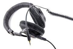 Yrkesmässig hörlurar som isoleras på vit bakgrund Royaltyfri Foto