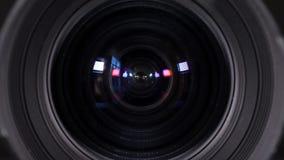 Yrkesmässig kameralins med reflexion stock video