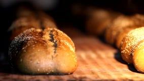Yrkesmässig kockmatlagning, arbete och förbereda sigmat i restaurangkök lager videofilmer