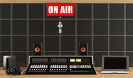 Yrkesmässig ljudsignal blandare i en inspelningstudio Arkivbild