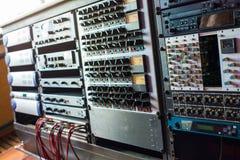 Yrkesmässig ljudsignalutrustning Arkivbilder