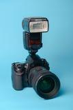 Yrkesmässig modern DSLR-kamera Arkivfoton