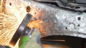 Yrkesmässig reparation för bilkropp med special utrustning lager videofilmer