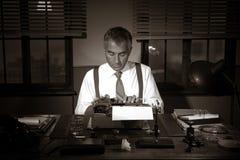 Yrkesmässig reporter på arbete Royaltyfri Fotografi