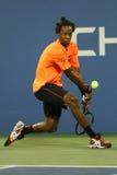 Yrkesmässig tennisspelare Gael Monfils under den andra runda matchen på US Open 2013 Arkivbilder