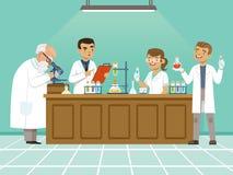 Yrkesmässiga kemister i deras laboratorium gör olika experiment på tabellen Man och kvinnliga medicinska arbetare stock illustrationer