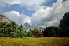 Ysemite Valley and Half Dome Royalty Free Stock Photos