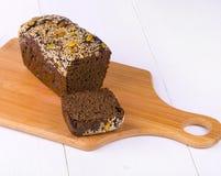 Żyto chleb z dokrętkami i ziarnami Zdjęcia Stock