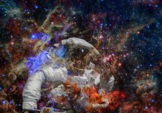 ytterkant avstånd för astronaut Beståndsdelar av denna avbildar möblerat av NASA arkivbild