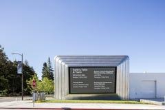 Yttersida av Berkeley Art Museum och det Stillahavs- filmarkivet Arkivfoton