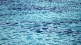 Yttersida av blått vatten arkivfilmer