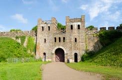 Yttersida av den Cardiff slotten – Wales, Förenade kungariket Royaltyfria Bilder