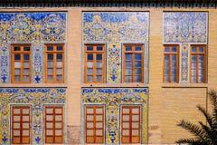 Yttersida av den Golestan slotten Teheran Iran fotografering för bildbyråer