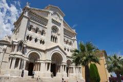Yttersida av den Monaco domkyrkan (Cathedrale de Monaco) i Monaco-Ville, Monaco Arkivfoto