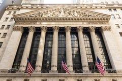 Yttersida av den New York börsen, vägggata, lägre Manhattan, New York City, USA Royaltyfri Bild