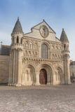 Yttersida av den Notre Dame la Grande kyrkan i Poitiers Royaltyfria Bilder