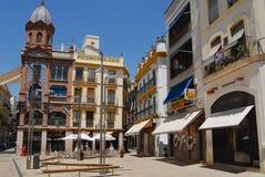 Yttersida av den Pedro Roldan byggnaden i Seville, Spanien Arkivfoton