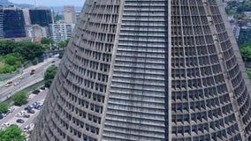 Yttersida av den storstads- domkyrkadomkyrkan av helgonet Sebastian i Rio de Janeiro Shevelev stock video