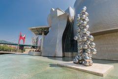 Yttersida av det Guggenheim museet i Bilbao Fotografering för Bildbyråer