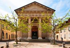 Yttersida av Eglise Sainte-Croix i den Carouge staden, Genève, Switze royaltyfri foto