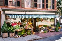 Yttersida av en blomsterhandlare Shop Royaltyfri Foto