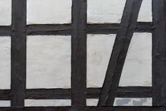 Yttersida av ett gammalt hus med en rytmisk design Arkivbilder