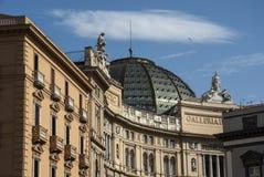 Yttersida av Galleria Umberto Royaltyfria Bilder
