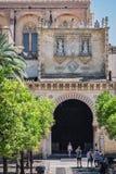 """Yttersida av Mezquita-Catedral, ¿ för en medeltida islamisk mosqueï"""" som konverterades in i en katolsk kristen domkyrka royaltyfri foto"""