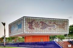 Yttersida av nationell ung konstfundamentbyggnad/Bacardi honom Royaltyfri Fotografi