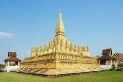 Yttersida av Phaen som Luang stupa i Vientiane, Laos Fotografering för Bildbyråer