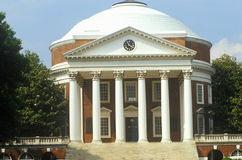 Yttersida av rotundan på universitetet av Virginia planlade vid Thomas Jefferson, Charlottesville, VA arkivfoton