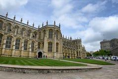 Yttersida av St Georges Chapel, Windsor Castle fotografering för bildbyråer